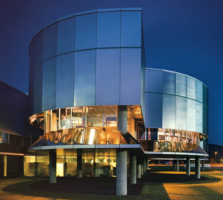 Exterior of the Corning Museum of Glass